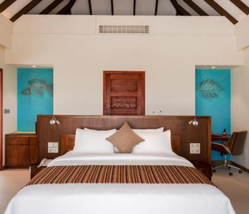 VARU by Atmosphere / Beach Villa (Maldív-szigeteki utazások)