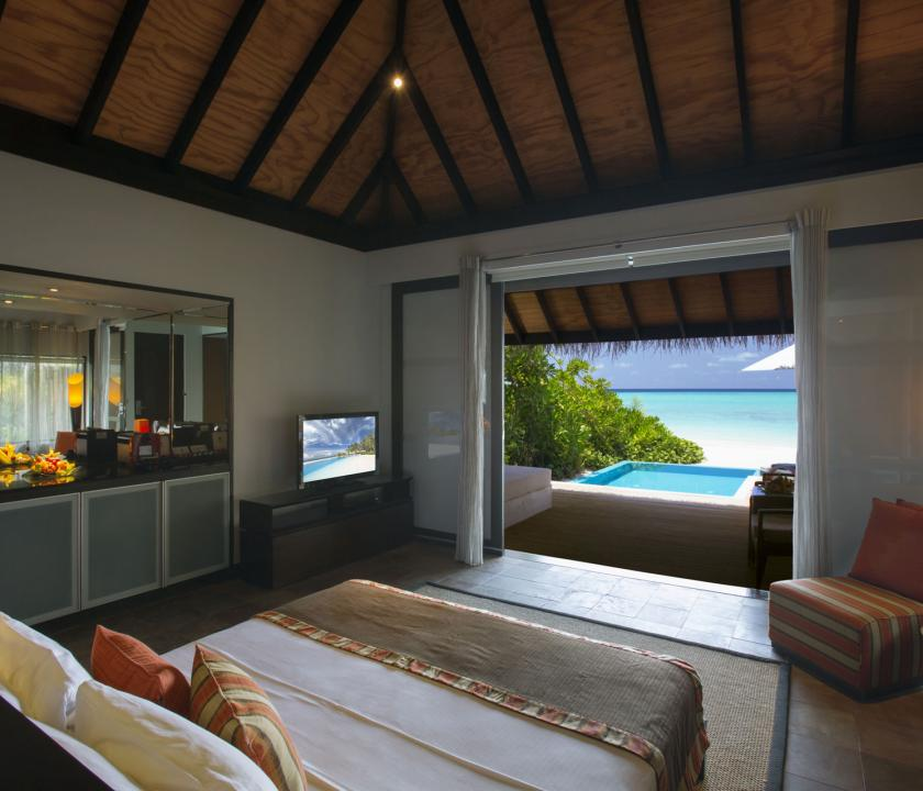 Velassaru Maldives / Beach Villa with Pool - kilátás a szobából (Maldív-szigeteki utazások)