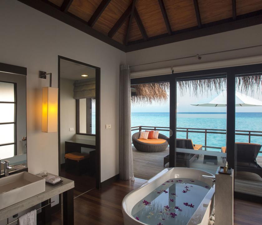 Velassaru Maldives / Water Villa - kilátás a szobából (Maldív-szigeteki utazások)