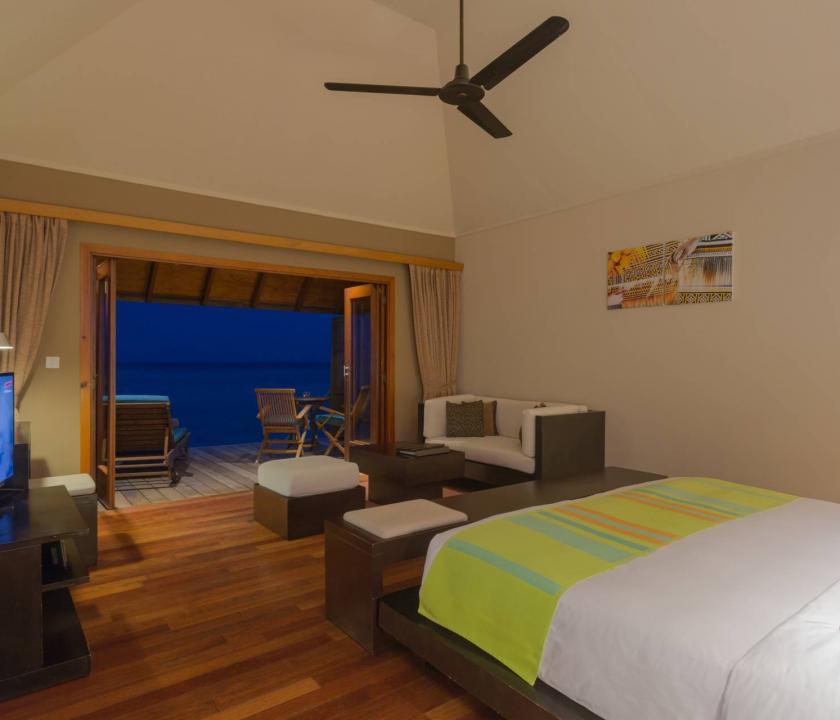Veligandu Island Resort & Spa / Water Villa (Maldív-szigeteki utazások)