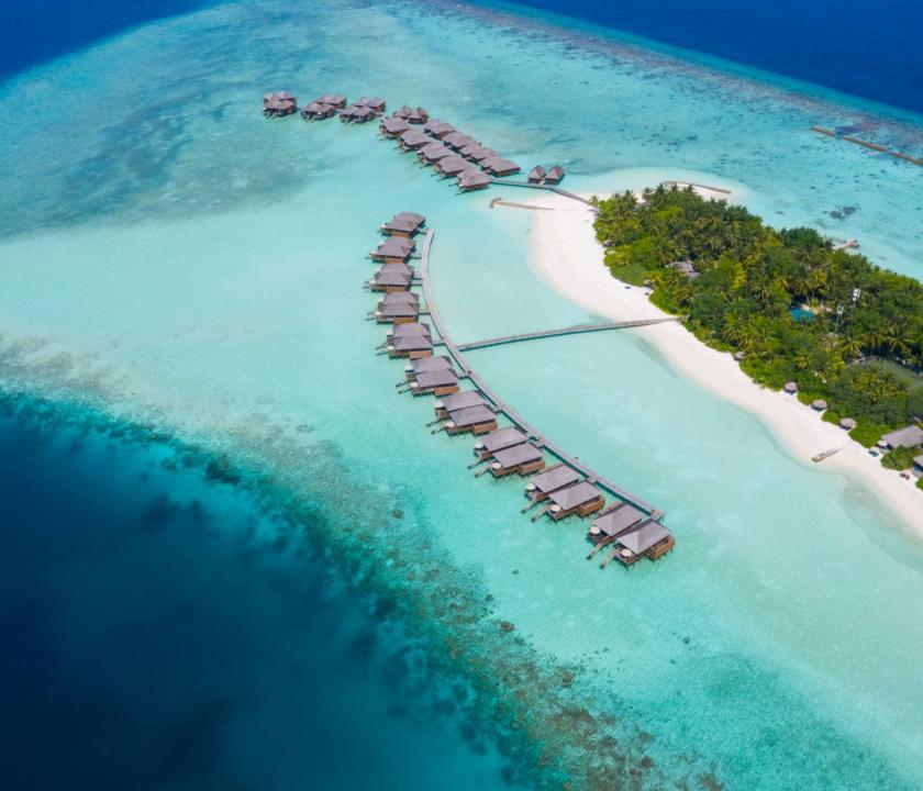 Veligandu Island Resort & Spa / Jacuzzi Water Villa (Maldív-szigeteki utazások)