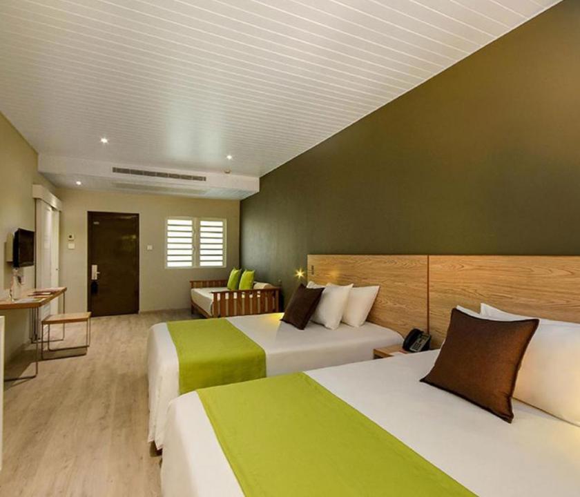 Mauricia Beachcomber Resort & Spa / 2 Bedroom Family Apartment - hálószoba (Mauritiusi utazások)