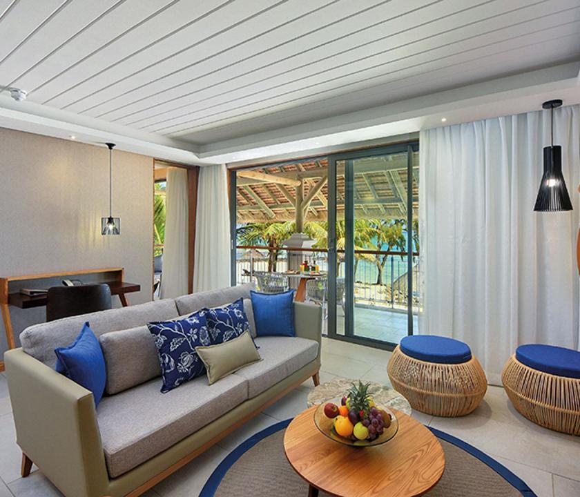 Paradis Beachcomber Golf Resort & Spa / Ocean Beachfront Suite - nappali (Mauritiusi utazások)