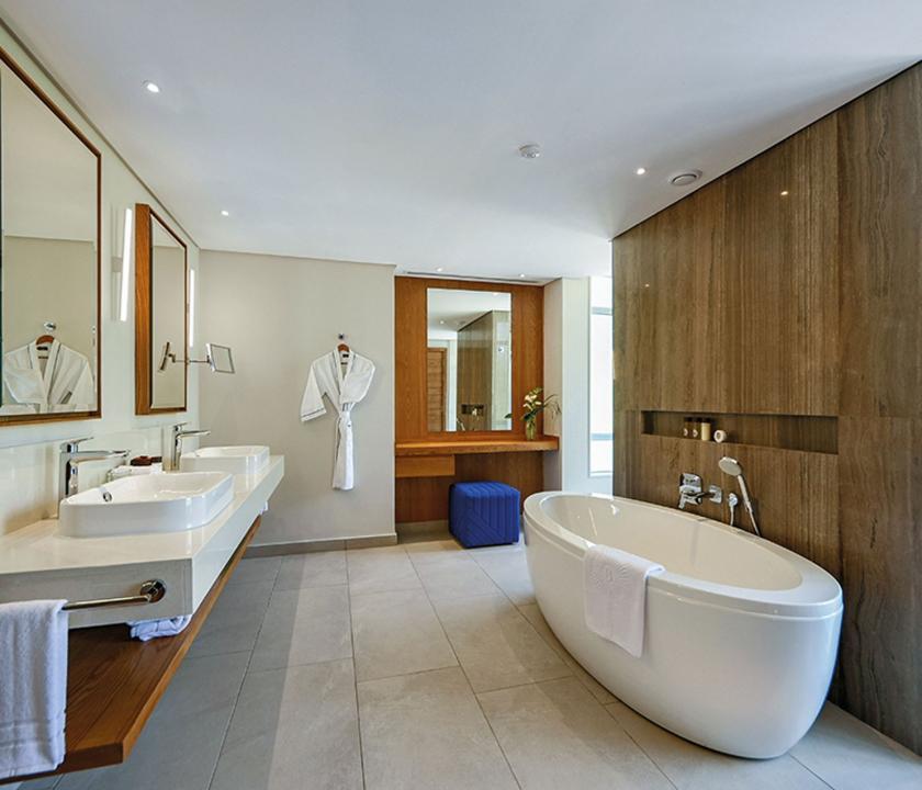 Paradis Beachcomber Golf Resort & Spa / Ocean Beachfront Suite - fürdőszoba (Mauritiusi utazások)
