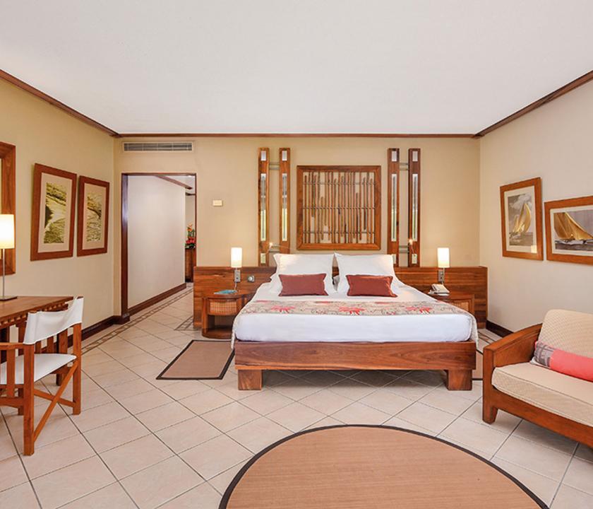 Paradis Beachcomber Golf Resort & Spa / 2 Bedroom Tropical Family Suite - hálószoba (Mauritiusi utazások)