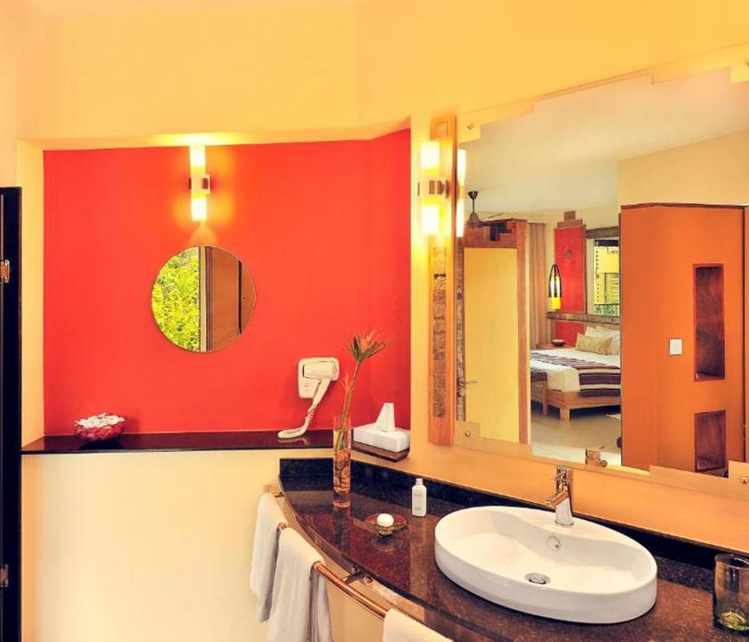 Tamarina Golf & Spa Boutique Hotel / Deluxe Garden view room - fürdőszoba (Mauritiusi utazások)