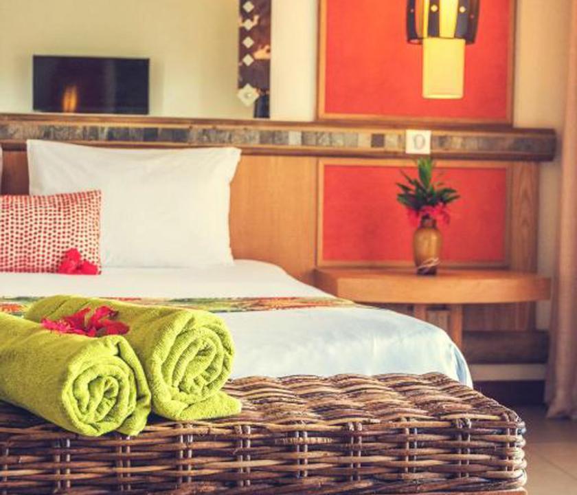 Tamarina Golf & Spa Boutique Hotel / Deluxe Sea side room - hálószoba (Mauritiusi utazások)