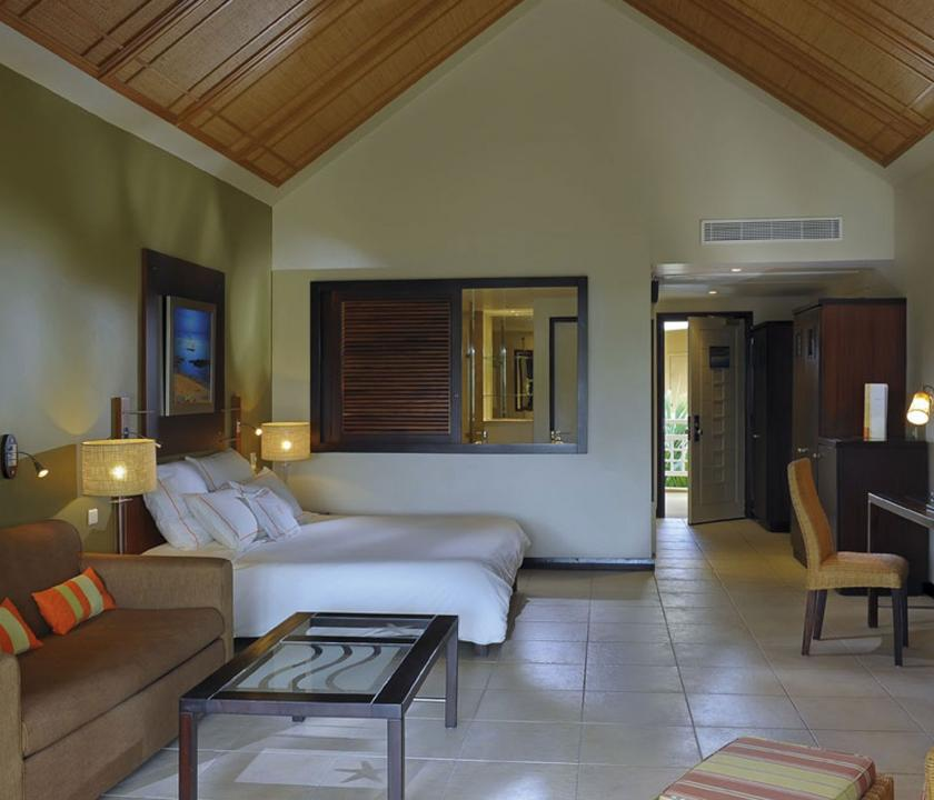 Victoria Beachcomber Resort & Spa / Deluxe room - hálószoba (Mauritiusi utazások)