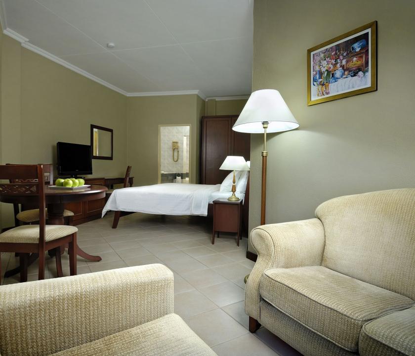 Berjaya Beau Vallon Bay Resort & Casino / Superior room - 1 (Seychelle szigeteki utazások)