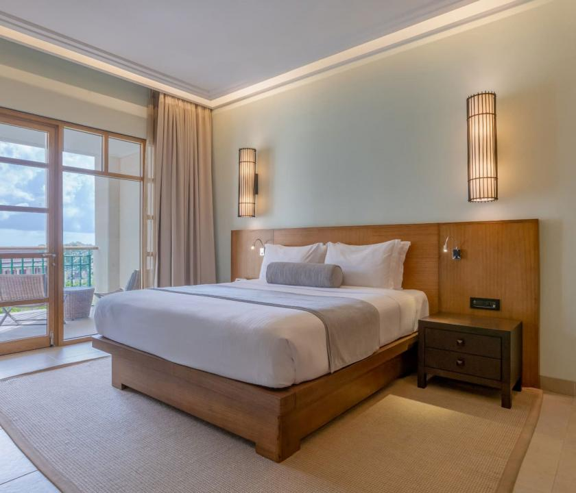 Savoy Resort & Spa / Junior Suite - hálószoba (Seychelle szigeteki utazások)