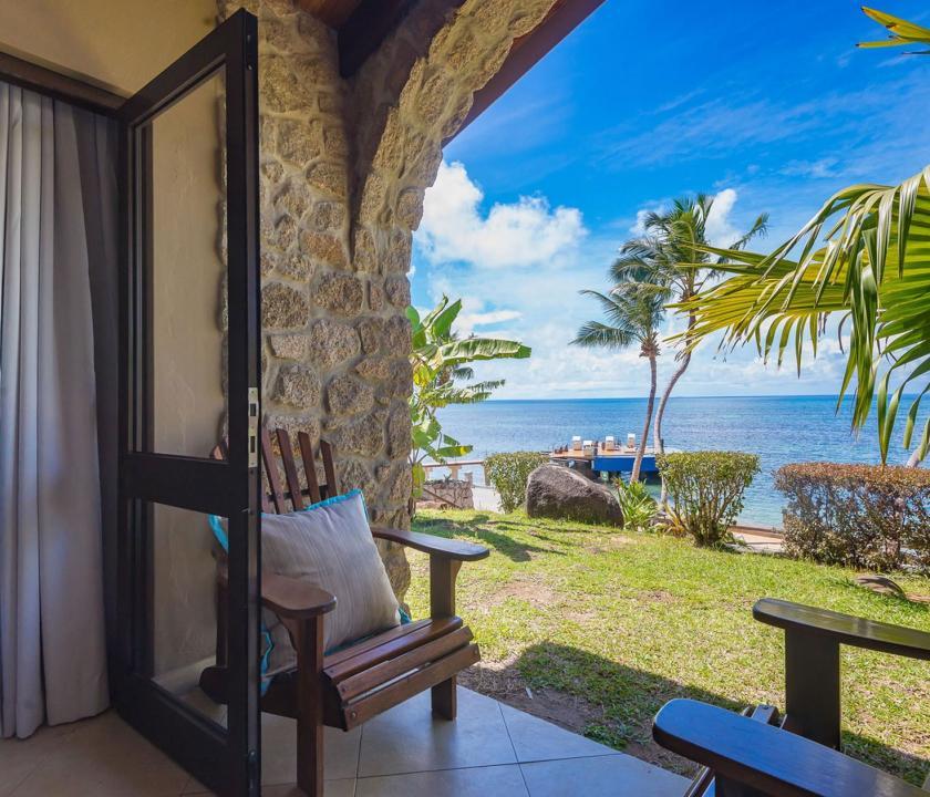 Coco de Mer Hotel & Black Parrot Suites / Standard room - terasz (Seychelle szigeteki utazások)