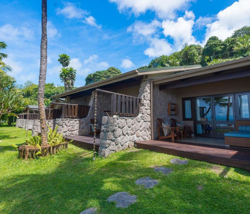 Coco de Mer Hotel & Black Parrot Suites / Superior room - szoba kivülről (Seychelle szigeteki utazások)