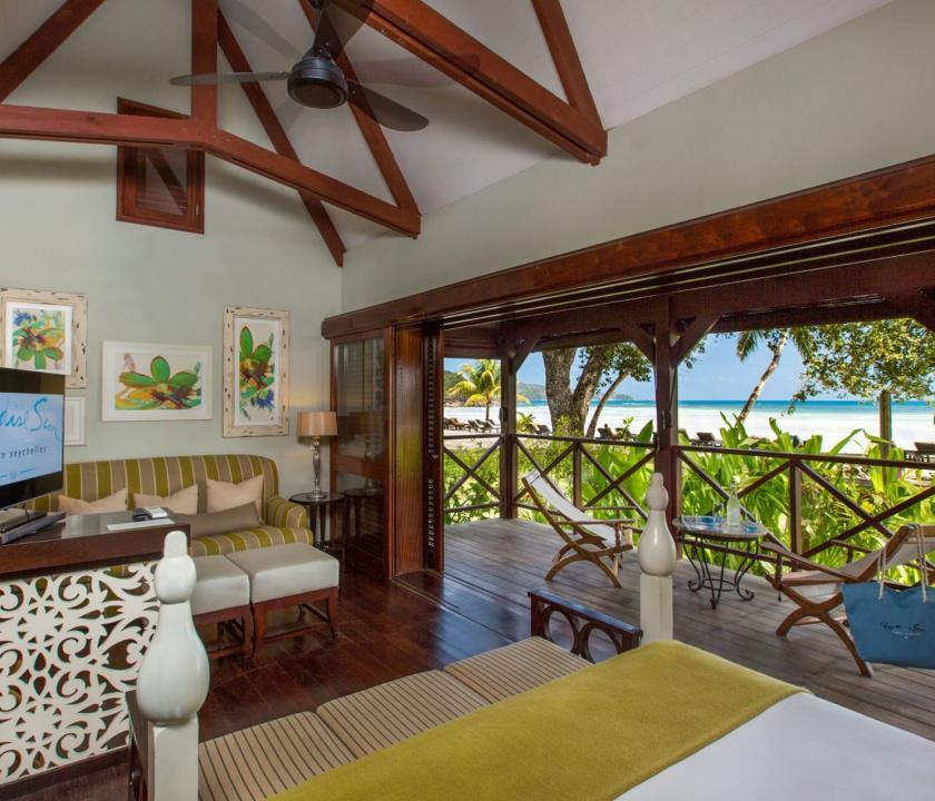 Paradise Sun Hotel / Deluxe / Family room - nappali (Seychelle szigeteki utazások)