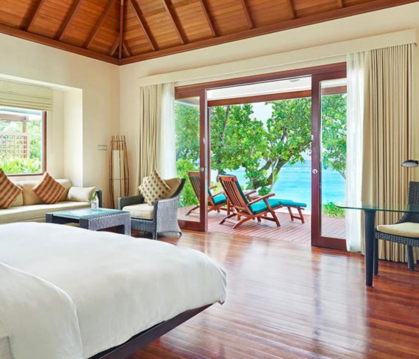 Hilton Seychelles Labriz Resort & Spa / Beachfront villa - kilátás a szobából (Seychelle szigeteki utazások)