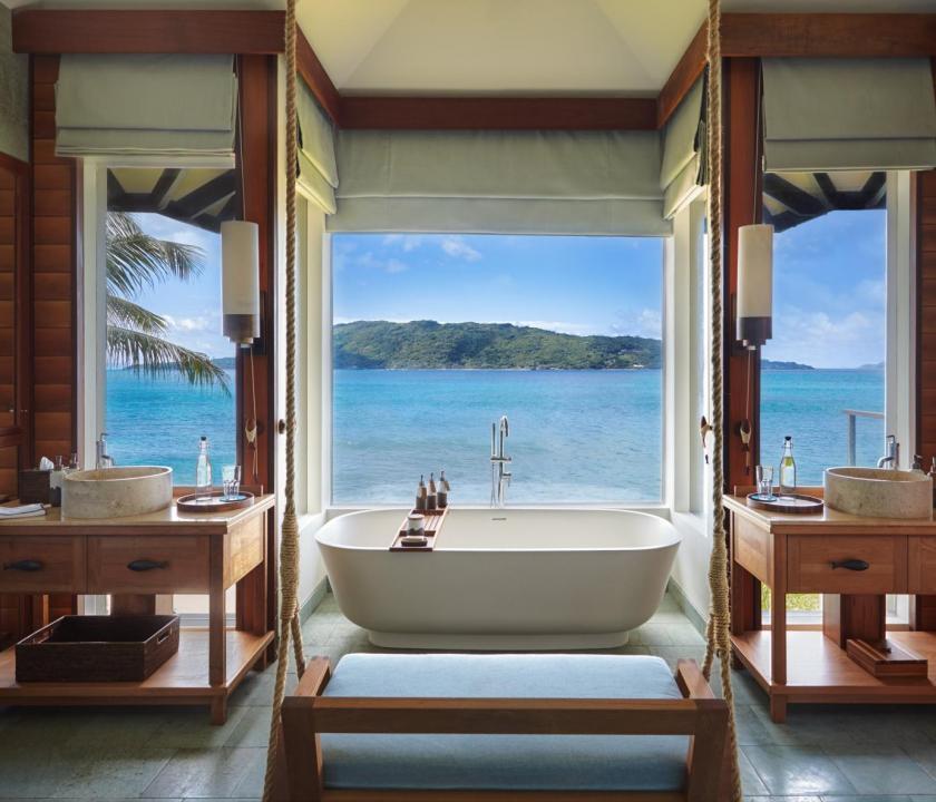 Six Senses Zil Pasyon Hotel / Panorama pool villa - fürdőszoba (Seychelle szigeteki utazások)